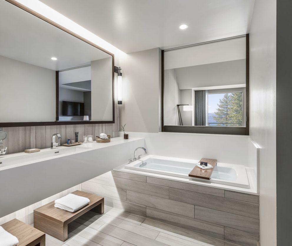 Tahoe Premier King and Double Queen Bathroom